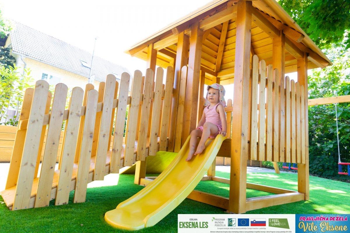 Pravljična dežela Vile Eksene – otroški igralni park 13
