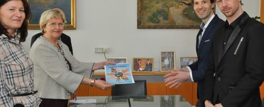 Predaja slovenskega prevoda Deklaracije UNESCO o načelih strpnosti